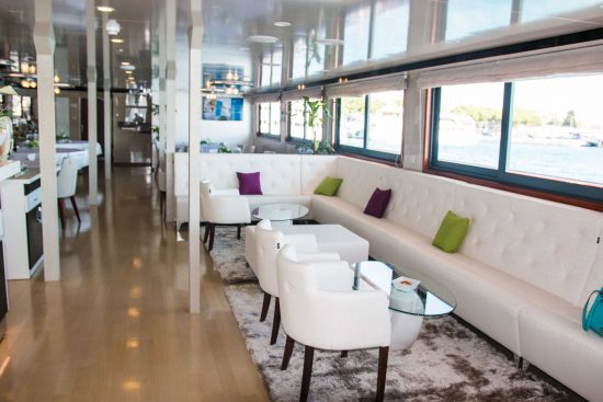 MS Infinity Lounge
