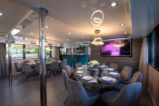 Restaurant and bar onboard MS My Wish